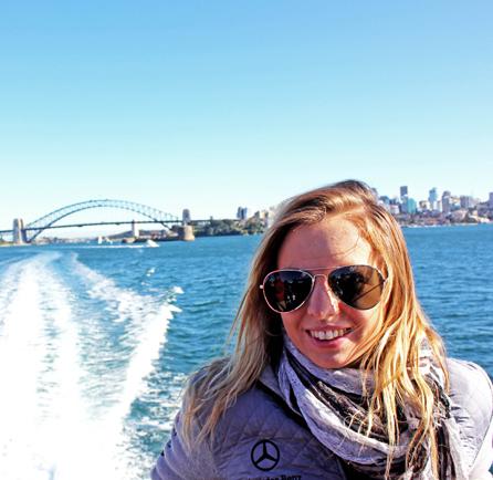 Selfie studentky která jede na lodi